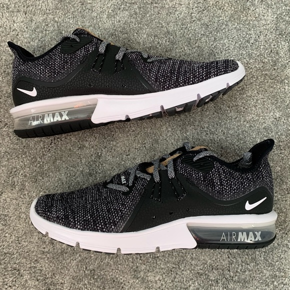 Women's Nike Air Max Sequent 3 NWT